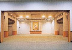 繊月会館1階式場