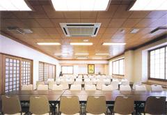 薬林寺会館控室
