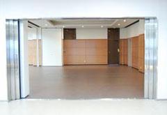 平和の森会館1階集会室