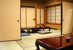 蓮昌寺会館1階控室