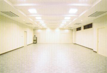 久遠寺光明閣1階礼拝堂
