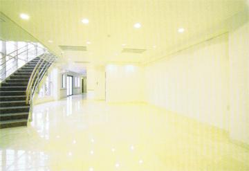 久遠寺光明閣1階エントランス